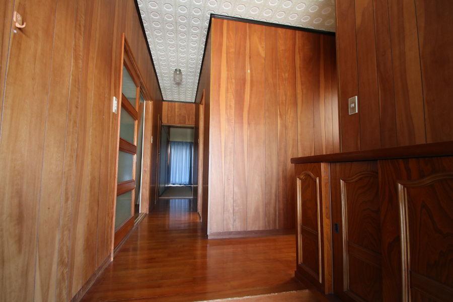 玄関のホール部分。下駄箱も付いています。