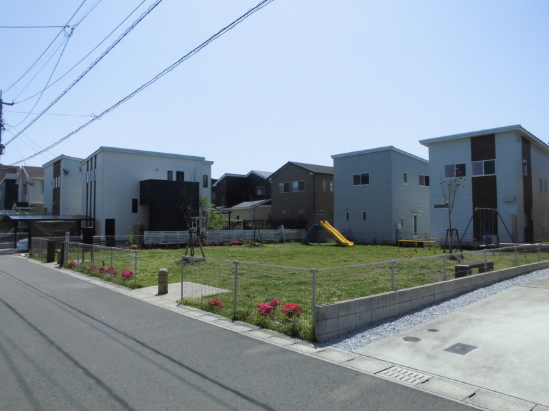大島町/中古住宅/7.5kwの太陽光発電付き築浅住宅/公園