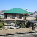 鶴島3丁目の小戸神社近くにある鉄筋コンクリート造の2階建住宅です。