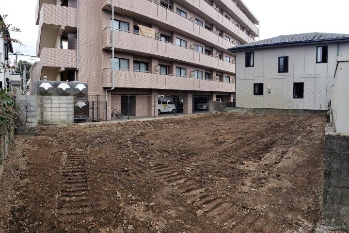 船塚1丁目、宮崎公立大学の北側に位置する閑静な住宅地です。