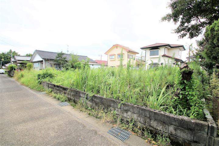 木脇保育園、木脇小学校、木脇中学校近くの新築用地です。