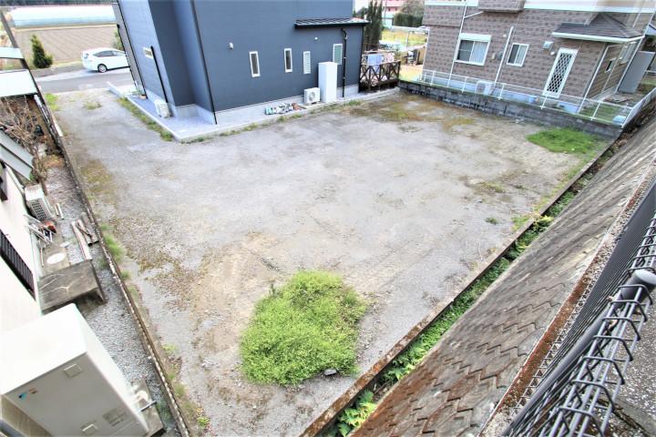 学園木花台桜にあるプライベートな空間を確保した旗竿地(敷地延長)の新築用地です。