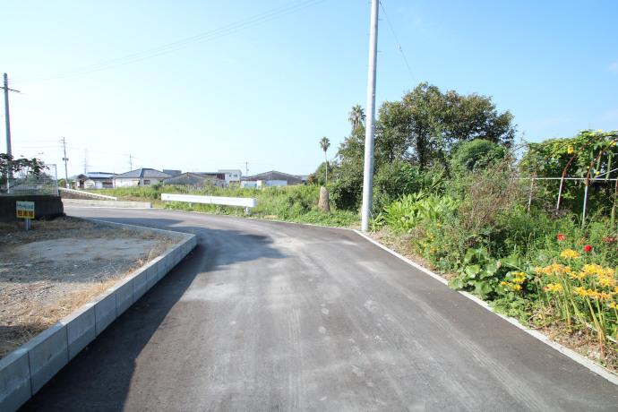 宮崎市道からの入口部分です。