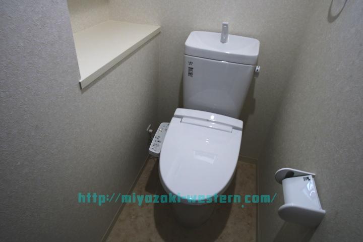 【完成イメージ】温水洗浄便座のトイレです。